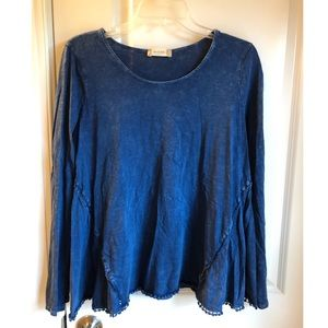 Altar'd State navy blue top
